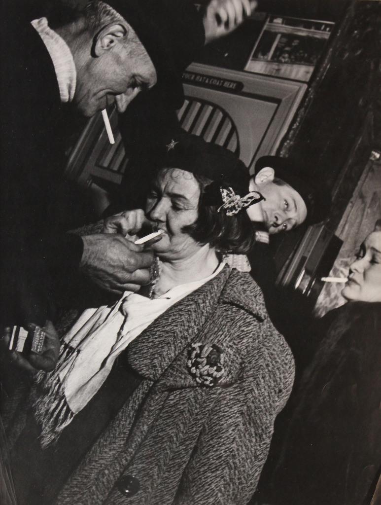 lisette-model-sammys-new-york-queen-of-the-bowery-1940-44