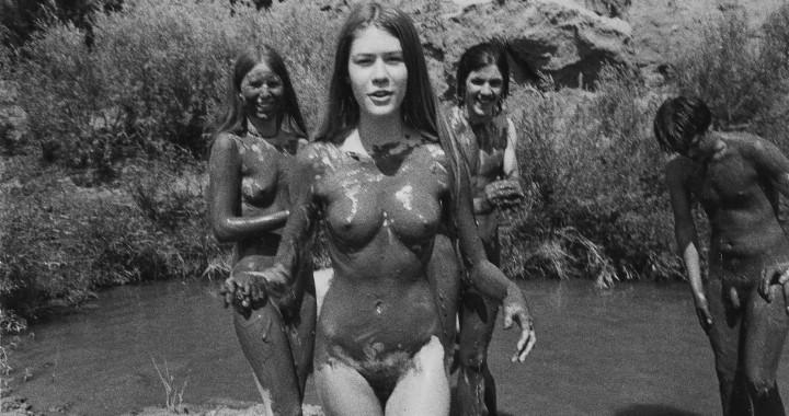 Hippie chicks sucking cock